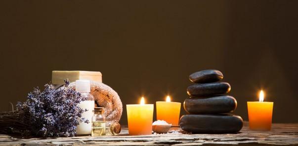 salus-massage-still-life-78078207